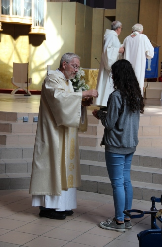2015-08-18 - Lourdes (165) (683x1024)