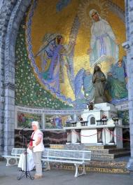 Lourdesfahrt 2015 Rosenkranz 187