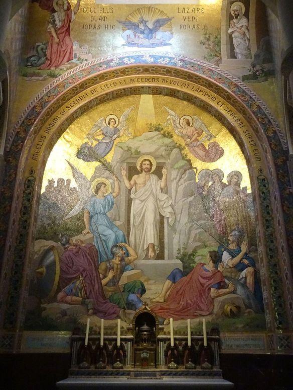 Lourdes_ND_du_Rosaire_1_Résurrection