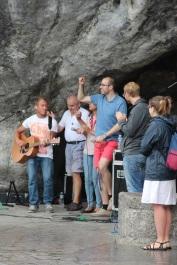 Ils animent notre messe à la Grotte