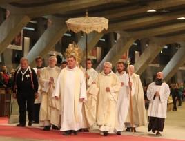 2017-08-19 - 3 - Procession eucharistique (82)