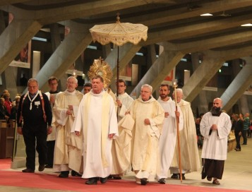 2017-08-19 - 3 - Procession eucharistique (82)